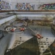 Abandoned Swimming Pool — Stock Photo