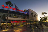 Los Angeles, USA - September 14: Sunset at Staples Center in Los Angeles — Stock Photo
