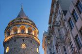 Ver os na torre de gálata à noite — Foto Stock
