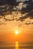 Coucher de soleil bel été à sochi, russie — Photo