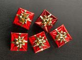 Vánoční dárky s luky — Stock fotografie