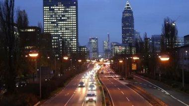 Evening rush hour in Frankfurt Germany — Стоковое видео