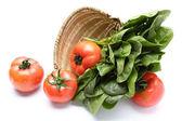 Pomidorami i szpinakiem — Zdjęcie stockowe