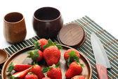 Truskawki na talerzu — Zdjęcie stockowe
