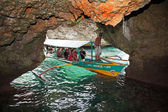 Tour Boat Entering Baras Cave — Stock Photo