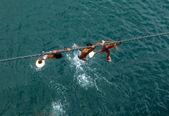 Chicos en una cuerda — Foto de Stock