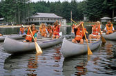 Girls Learning How To Canoe — Stock Photo