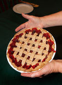 Torta de cereja com crosta de treliça — Foto Stock