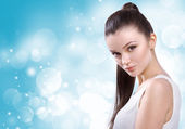 Healthcare, skincare, spa and beauty concept - young beautiful w — Stock Photo