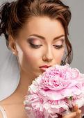 Portrait of a beautiful bride — Stock Photo