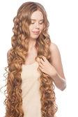 Femme avec les cheveux longs — Photo