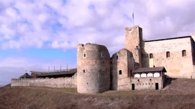 The old castle as a tourist attraction — Stock Video