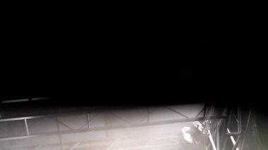 Fondo reflector luces estroboscópicas — Vídeo de stock