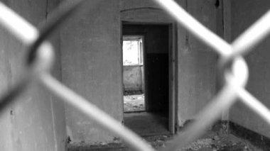 Koncentration utrotningen war läger hus — Stockvideo