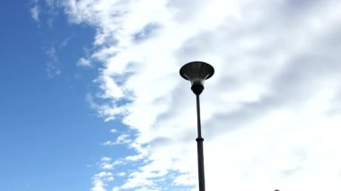 Street lamp with cloudscape — Stok video