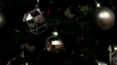 Decorations on the Christmas tree — Stock Video