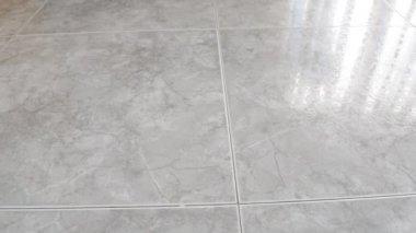 Limpeza do mármore do chão — Vídeo stock