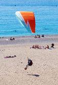 Paragliding  on the beach at Fethiye Oludeniz — Stock Photo