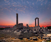 Temple of Apollo in Didyma antique city at sunrise — Stock Photo