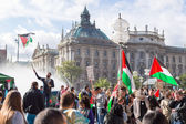 Peaceful demonstration for stopping Israel-Palestine conflict — Stock Photo