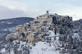 Italian Medieval Village at Sunset, after a Snowfall — Stock Photo