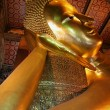 Reclining Buddha. Wat Pho temple. Bangkok. Thailand. — Stock Photo