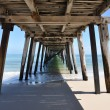 Foto Stock: Underneath Grange Jetty in sunny South Australia