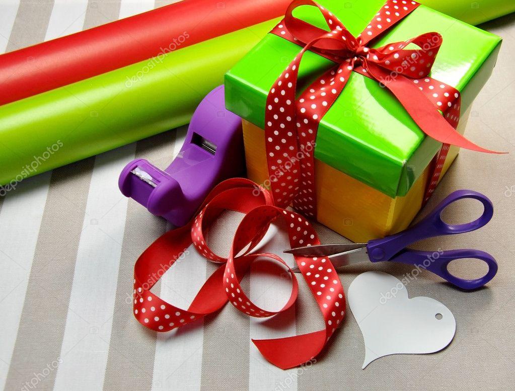 多彩礼品包装纸 — 图库照片