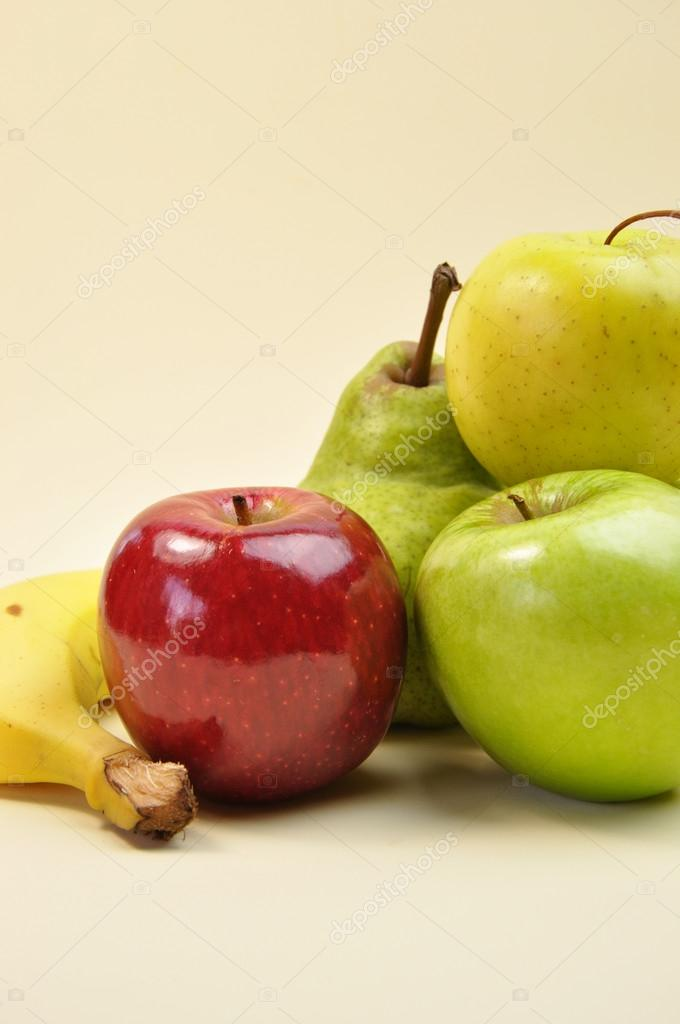 Healthy food group - fruit: apples,, pear and banana. — Stock Photo #16212403