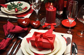Romantic Valentine Dinner for Two Table Setting — ストック写真