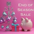 """End of Season Sales"" savings with pink piggy bank and Christmas Tree — Stock Photo"