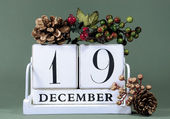 Seasonal Calendar for Christmas Advent days or specific dates in December. — Stock Photo