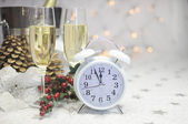 Happy New Year table with retro white clock and champagne — Foto Stock