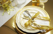 White and gold theme elegant Happy New Year table setting — Stock Photo