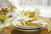 White and gold theme elegant Happy New Year table setting — Foto Stock