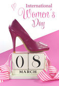 International Women's Day, March 8, vintage calendar and pink high heel shoe. — ストック写真