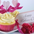 Happy Mothers Day cupcake and vintage tray — Stock Photo #45128697