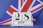 Vintage style white block calendar for 28 July, start of World War I, centenary, 1914 to 2014, with the English UK, Union Jack, flag. — Stock Photo