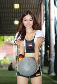 Kimliği belirsiz bir modelini tanıtmak dünya kupası 2014 — Stok fotoğraf