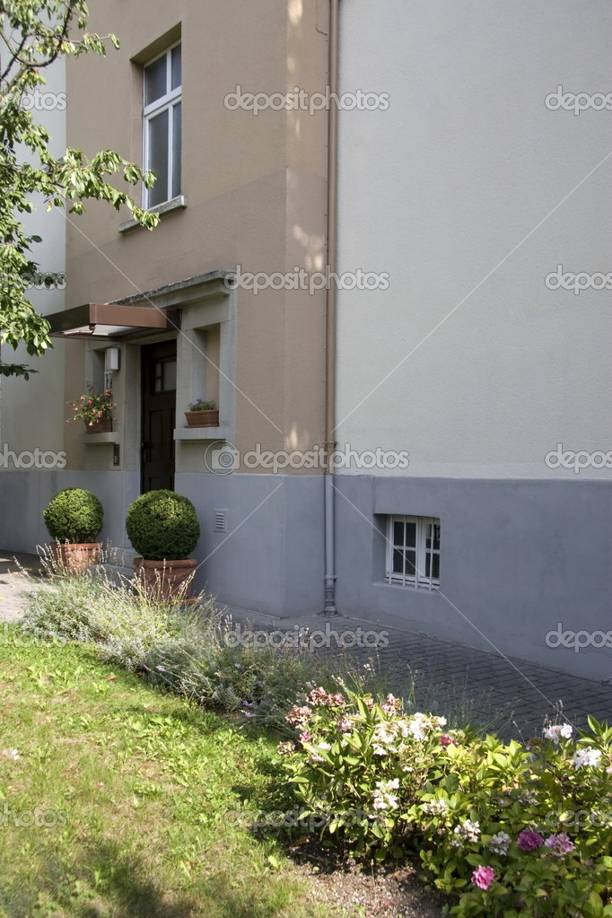 Former home of Anne Frank on Marbachweg in Frankfurt am Main, Germany — Stock Photo #16186035