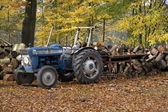 デ ヴェレの不動産上のトラクター — ストック写真