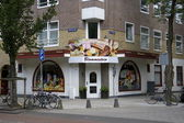 Anne Frank visited Confectionery Blommestein the Churchilllaan 26 in Amsterdam, when she lived at Merwedeplein, Netherlands — Stock Photo