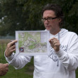 Explanation During the battle tour through Arnhem and Oosterbeek, Netherlands — Stock Photo