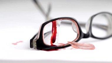 Vidros quebrados — Vídeo Stock