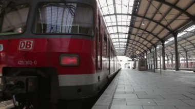 Departing S-Bahn — Stock Video