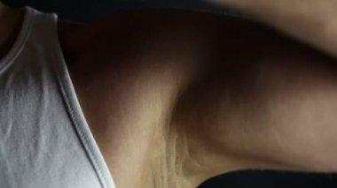 Applying a deodorant — Stock Video