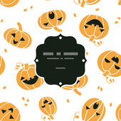 Smiling Halloween pumpkins frame seamless pattern background — Stock Vector