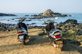 Bikes at Vagator Beach — Stockfoto
