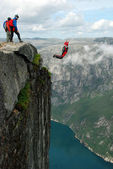 BASE jump off a cliff. — Foto de Stock