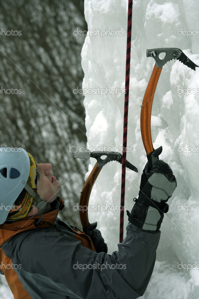 Ice climbing the North Caucasus. — Stock Photo #15416855